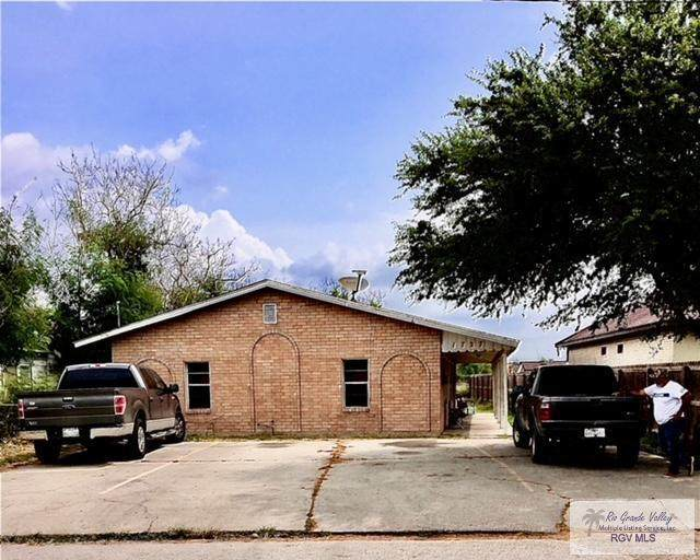 1727 Coolidge St., Brownsville, TX 78521 (MLS #29728904) :: The MBTeam