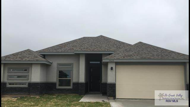 7425 Hana Dr, Brownsville, TX 78520 (MLS #29725593) :: The MBTeam