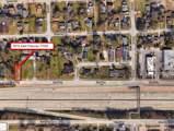 5015 East Freeway - Photo 1
