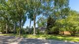 2211 Pomeran Drive - Photo 2
