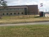 9618 Iowa Colony Boulevard - Photo 7