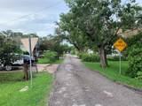 2714 Oak Street - Photo 9