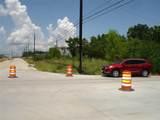2400 Bayport Boulevard - Photo 2