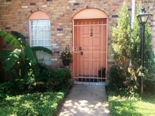 1715 Moritz Drive #15, Houston, TX 77055 (MLS #41400432) :: NewHomePrograms.com LLC