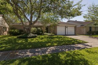 16811 Colony Bend, Friendswood, TX 77546 (MLS #48534582) :: Texas Home Shop Realty