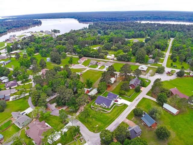 1 Hillside Court, Huntsville, TX 77340 (MLS #50935215) :: My BCS Home Real Estate Group
