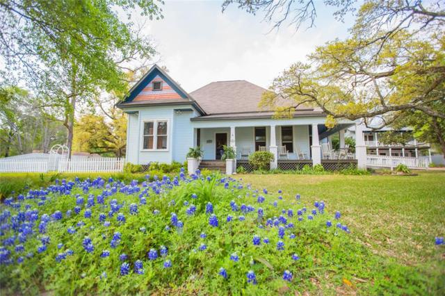 412 W Milam Street, Livingston, TX 77351 (MLS #1000658) :: The SOLD by George Team