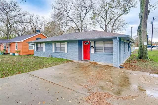 815 N Chenango Street, Angleton, TX 77515 (MLS #10028822) :: NewHomePrograms.com LLC