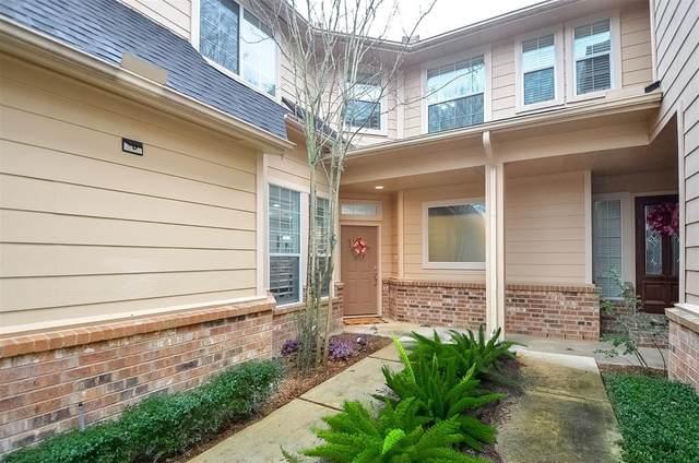 8918 Summer Ash Lane, Sugar Land, TX 77479 (MLS #10123711) :: Homemax Properties