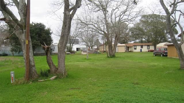 2720 12th Street, Hempstead, TX 77445 (MLS #10124857) :: The SOLD by George Team