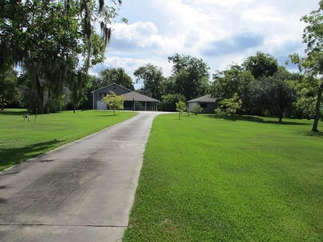 113 Schrader Lane, Lake Jackson, TX 77566 (MLS #10155432) :: Christy Buck Team