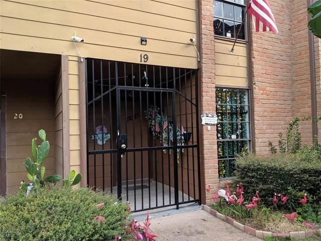 9090 S Braeswood Boulevard #19, Houston, TX 77074 (MLS #10200566) :: Texas Home Shop Realty