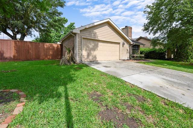 3142 Meadway Drive, Houston, TX 77082 (MLS #1028973) :: The SOLD by George Team