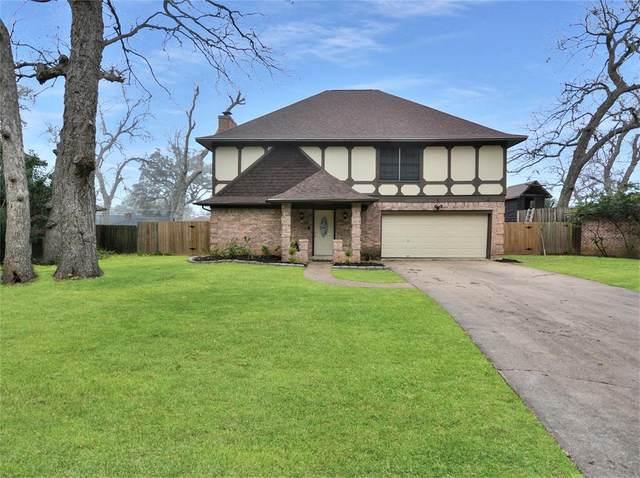 116 Driftwood Drive, Lake Jackson, TX 77566 (MLS #10295048) :: Ellison Real Estate Team