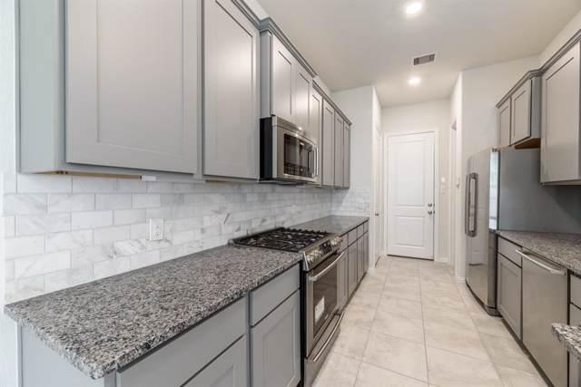 711 Embercove Drive, Houston, TX 77018 (MLS #10333245) :: Fairwater Westmont Real Estate