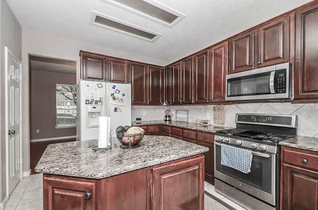 16354 Mellow Oaks Lane, Sugar Land, TX 77498 (MLS #10361318) :: The Home Branch