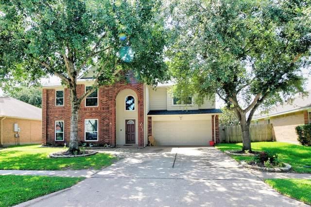 635 Bay Oaks Drive, Kemah, TX 77565 (MLS #10368643) :: The SOLD by George Team
