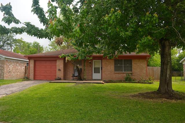 1804 N 6th Street, Baytown, TX 77520 (MLS #10390320) :: Rachel Lee Realtor