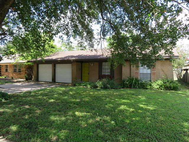 817 Arbor Drive, Deer Park, TX 77536 (MLS #10407863) :: Christy Buck Team