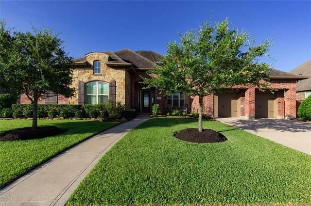 12014 Linden Walk Lane, Pearland, TX 77584 (#10410547) :: ORO Realty