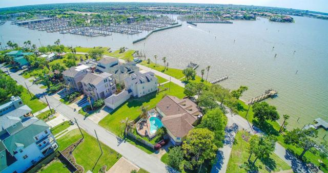 203 W Shore Drive, Clear Lake Shores, TX 77565 (MLS #10426841) :: JL Realty Team at Coldwell Banker, United