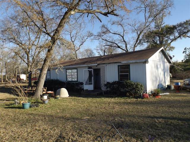 5329 County Road 227, Bedias, TX 77831 (MLS #10439384) :: The Bly Team