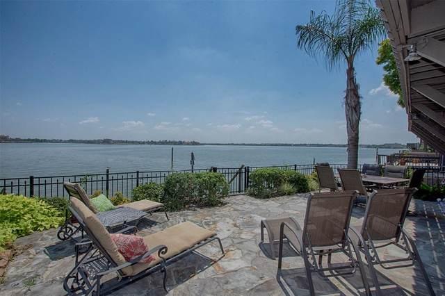2806 Lighthouse Drive, Nassau Bay, TX 77058 (MLS #10456349) :: Ellison Real Estate Team
