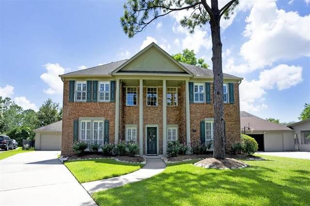 2204 Canterbury Drive, League City, TX 77573 (MLS #10464014) :: Ellison Real Estate Team