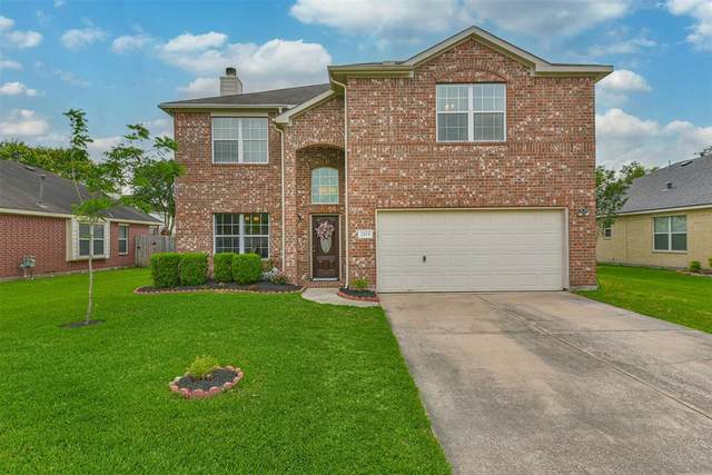 2115 Goldfinch Lane, League City, TX 77573 (MLS #10482006) :: Ellison Real Estate Team