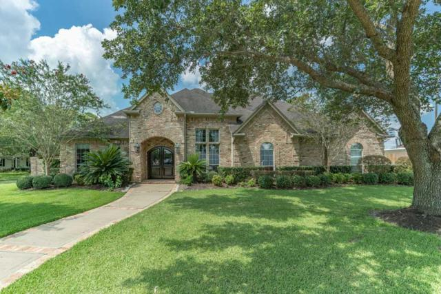 402 Woodlawn Drive, Friendswood, TX 77546 (MLS #10489996) :: Texas Home Shop Realty