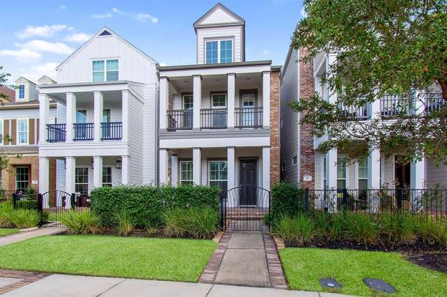 30 E Rafters Row, The Woodlands, TX 77380 (MLS #10493438) :: Lerner Realty Solutions