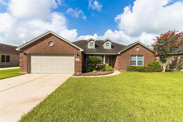 9230 Kostelnik Street, Needville, TX 77461 (MLS #10577782) :: The Parodi Team at Realty Associates