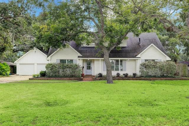 105 Cedar Street, Lake Jackson, TX 77566 (MLS #10587340) :: Caskey Realty