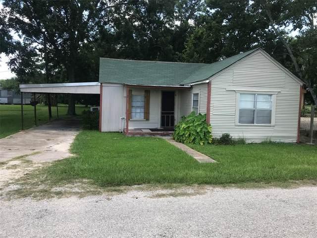 223 Avenue A, Markham, TX 77456 (MLS #10610500) :: Phyllis Foster Real Estate