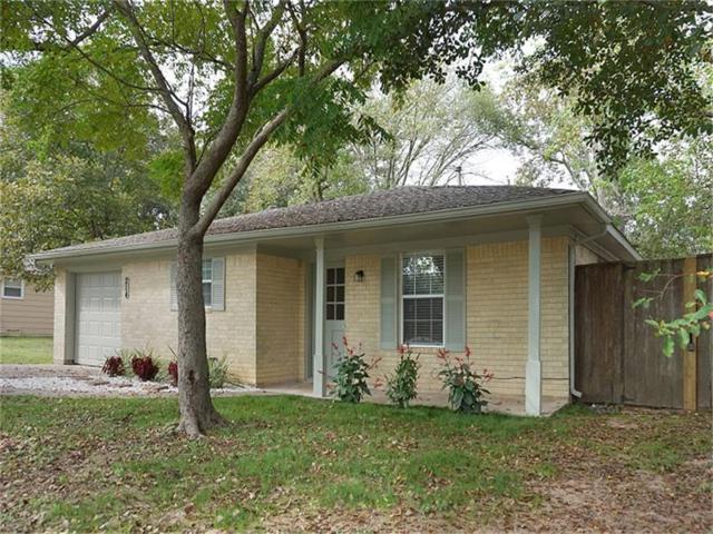 214 Southmore Street, Tomball, TX 77375 (MLS #10629464) :: Grayson-Patton Team