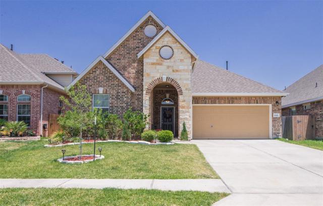 8322 Bay Oaks Drive, Baytown, TX 77523 (MLS #10662136) :: The Sansone Group