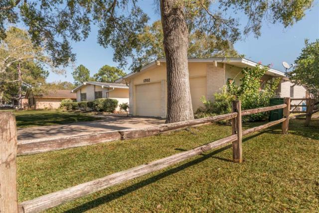 1702 Fairwind Road, Houston, TX 77062 (MLS #10798679) :: Texas Home Shop Realty