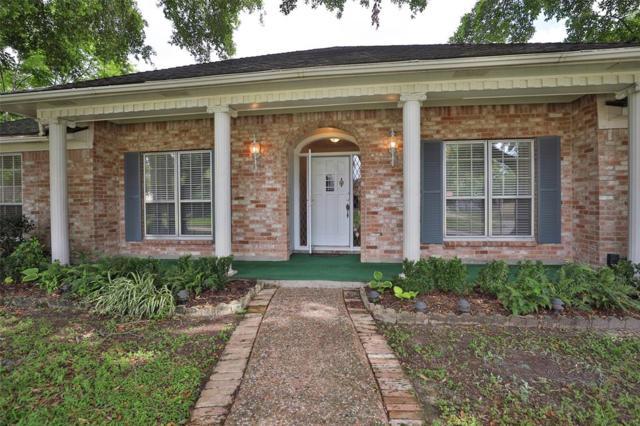 9302 Twin Hills Drive, Houston, TX 77031 (MLS #10804043) :: The Heyl Group at Keller Williams
