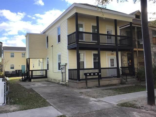 2823 Avenue K, Galveston, TX 77550 (MLS #10810076) :: Michele Harmon Team