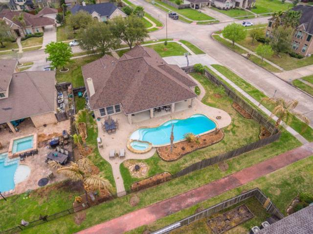 1814 Sandy Lake Drive, Friendswood, TX 77546 (MLS #1090637) :: The SOLD by George Team