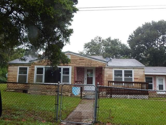 105 Cross Street, Willis, TX 77378 (MLS #10911790) :: Lerner Realty Solutions