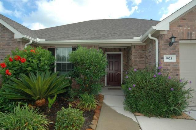903 Bentwood Cove, Dickinson, TX 77539 (MLS #10965459) :: Christy Buck Team