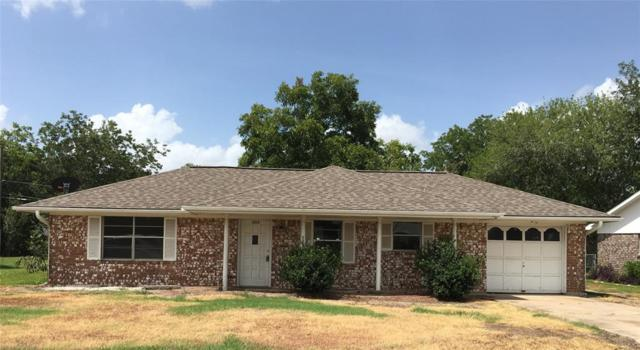 1804 Briar Lane, Wharton, TX 77488 (MLS #10973897) :: Texas Home Shop Realty