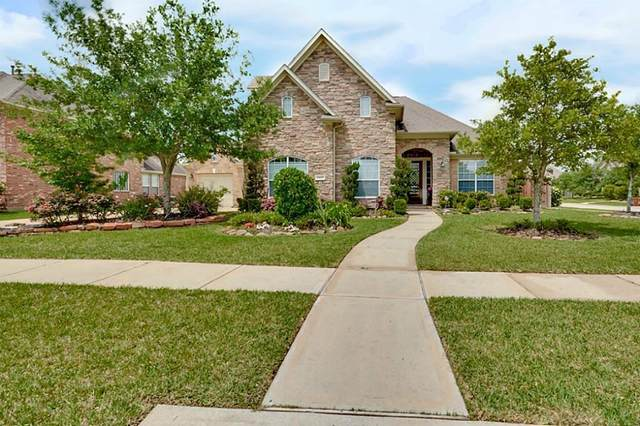 2400 Mountain Falls Court, Friendswood, TX 77546 (MLS #11136950) :: Christy Buck Team