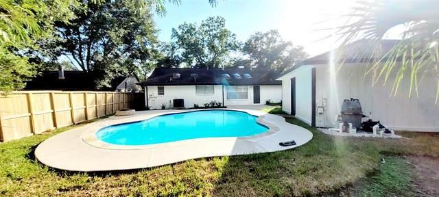 15443 Blackhawk Boulevard, Friendswood, TX 77546 (MLS #11155485) :: Guevara Backman