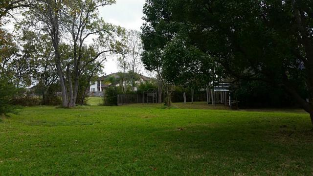 421 Lakeside Drive, League City, TX 77565 (MLS #11168274) :: REMAX Space Center - The Bly Team