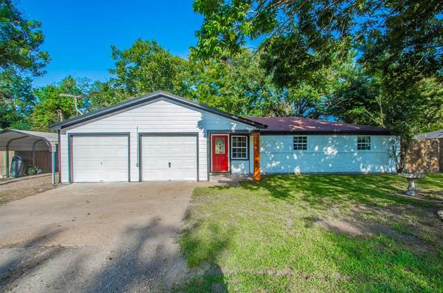 3113 Carolyn Street, Bacliff, TX 77518 (MLS #11277436) :: Caskey Realty