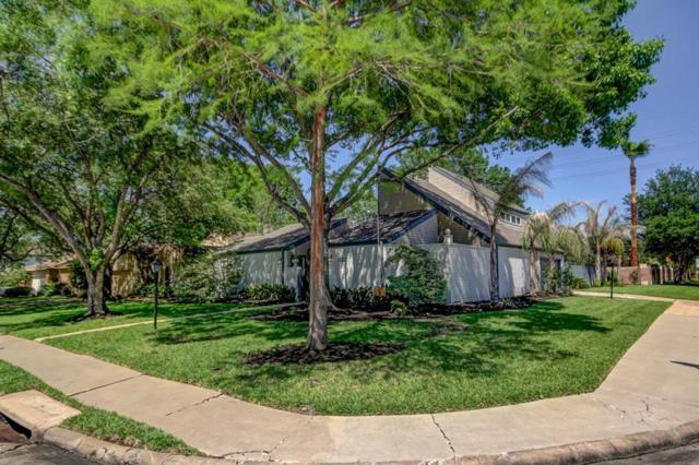 1127 Coachlight Drive, Houston, TX 77077 (MLS #11334087) :: Caskey Realty