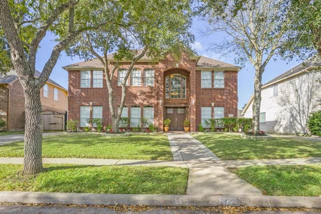 922 Bayhill Drive, Sugar Land, TX 77479 (MLS #11345352) :: The SOLD by George Team