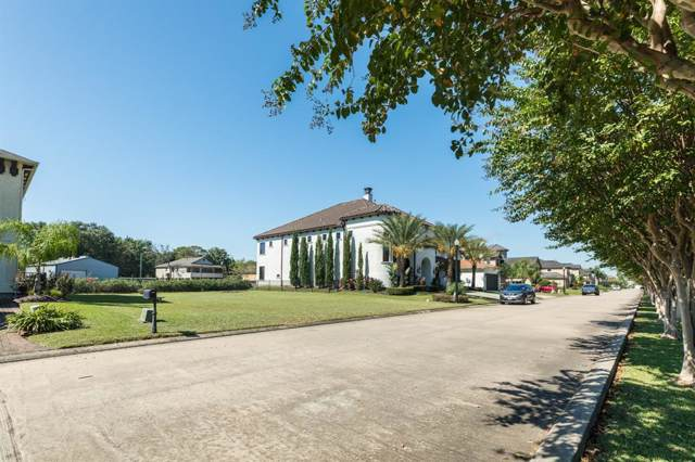 219 Blue Water Way, League City, TX 77573 (MLS #11397272) :: The Parodi Team at Realty Associates
